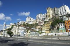 萨尔瓦多巴西从Cidade Baixa的市地平线 免版税库存图片