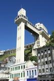萨尔瓦多巴西Lacerda电梯从下面 免版税库存照片