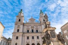 萨尔茨堡主教座堂外部圆顶视图  库存图片