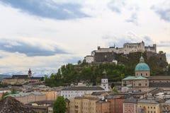 萨尔茨堡市视图 库存照片