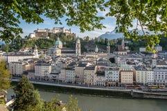 萨尔茨堡都市风景黄昏的 免版税图库摄影
