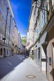 萨尔茨堡,奥地利- 2017年5月01日:老房子在萨尔茨堡,奥地利 免版税图库摄影