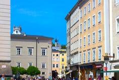 萨尔茨堡,奥地利- 2017年5月01日:老镇在萨尔茨堡,奥地利 免版税库存图片