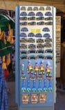 萨尔茨堡,奥地利- 2017年5月01日:纪念品磁铁待售在老镇萨尔茨堡,奥地利 库存照片