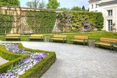 萨尔茨堡,庭院是布拉斯李树(Mirabelgarten) 免版税库存图片