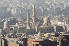 从萨拉丁城堡开罗看的伊斯兰教的处所,埃及 免版税库存照片