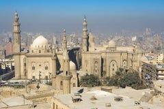 从萨拉丁城堡开罗看的伊斯兰教的处所,埃及 免版税库存图片