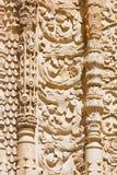 萨拉曼卡,西班牙, 2016年:南部门户大教堂- Catedral Vieja的哥特式装饰细节  图库摄影