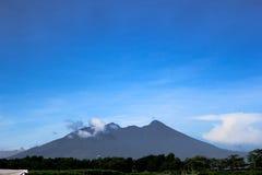 萨拉火山 免版税库存图片