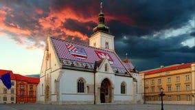 萨格勒布教会-圣马克,克罗地亚在日落的时间间隔录影 影视素材