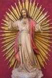 萨瓦格萨,西班牙- 2018年3月3日:耶稣基督的心脏雕象在教会Iglesia de圣米格尔火山de los Navarros里 免版税库存照片