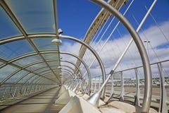 萨瓦格萨-第三座千年桥梁-普恩特del Tercer Milenio 免版税库存照片