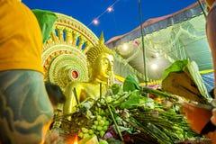 萨穆特PRAKAN, THAILAND-OCTOBER 18日2013年:给节日的莲花 免版税库存照片