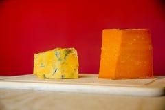 萨罗普郡乳酪和年迈的红色莱斯特郡乳酪 库存照片
