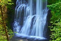 落下在银的更低的南部秋天的瀑布落国家公园 免版税库存图片