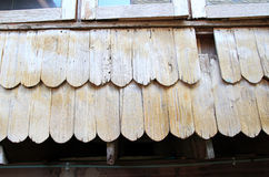 落叶松属木木瓦墙壁在Chiloe智利 免版税库存图片
