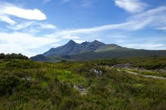 落后和峰顶在Tir南老鹰乐队和Cuillin Iolaire或土地  免版税库存图片