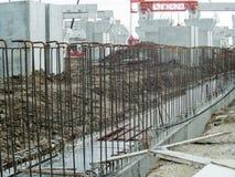 落后有创造样式的金属框架的建筑 库存照片