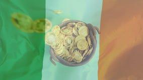 落在大锅的金币溢出反对爱尔兰旗子 皇族释放例证