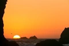 落日,俄勒冈海岸 免版税库存照片