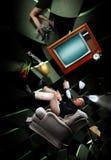 落的夫妇在疯狂的屋子里 图库摄影