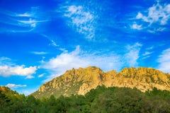 落矶山的风景在西班牙 免版税库存照片