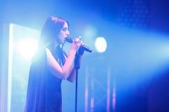 著名乌克兰歌手Jamala给了介绍她新的册页Podykh呼吸的一个音乐会 图库摄影