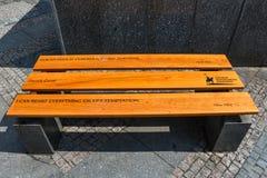 著名人行情长凳的在瓦茨拉夫在布拉格摆正 库存图片