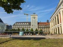 著名克罗克摩天大楼门面在莱比锡 免版税库存图片
