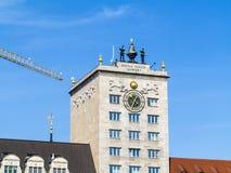 著名克罗克摩天大楼门面在莱比锡 免版税库存照片