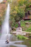 著名公爵夫人奥尔加的纪念碑在科罗斯坚,乌克兰 免版税库存照片