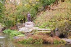 著名公爵夫人奥尔加的纪念碑在科罗斯坚,乌克兰 图库摄影