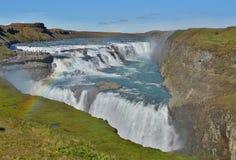 著名冰岛古佛斯瀑布瀑布作为在西冰岛安置的金黄圈子的部分 库存照片