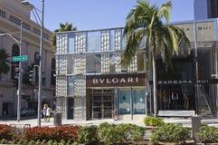 著名圈地推进街道的Bulgari商店 图库摄影