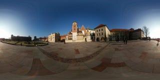著名地标Wawel城堡 免版税库存图片