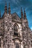 著名大教堂中央寺院的HDR黑暗的照片 库存图片