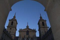 著名大教堂在埃斯科里亚尔。 免版税库存照片