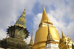 著名宗教寺庙wat phra prakaew盛大宫殿看法在曼谷泰国 免版税图库摄影