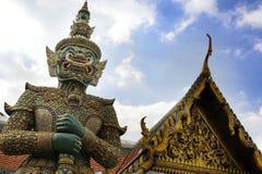 著名宗教寺庙wat phra prakaew盛大宫殿看法在曼谷泰国 图库摄影