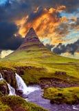 著名山在冰岛 免版税库存图片