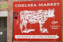 著名报道的市场的'切尔西市场'广告在纽约,美国 免版税图库摄影