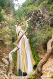 著名旅游目的地Neda瀑布在伯罗奔尼撒在希腊 库存照片