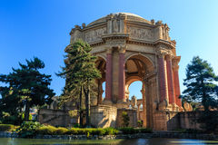 著名旧金山地标-艺术宫殿  库存照片
