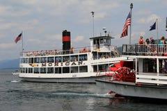 著名汽船、莫希干人和Minne Ha Ha,湖乔治,纽约的出色的意见, 2014年 库存图片