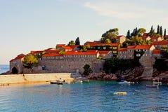 著名海岛旅馆Sveti Stefan, Montenegro 图库摄影