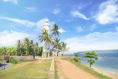 著名灯塔的美丽的景色在堡垒加勒,斯里兰卡的,在一个晴天 免版税库存照片