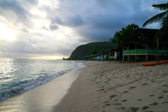 著名玻利尼西亚人Lalomanu海滩在萨摩亚的乌波卢岛海岛南太平洋的 免版税库存照片