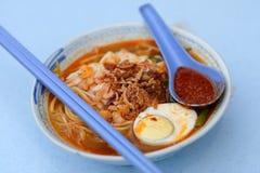 著名的槟榔岛hokkien大虾面条 库存照片