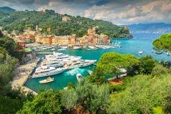 著名菲诺港村庄和豪华游艇,利古里亚,意大利 免版税图库摄影