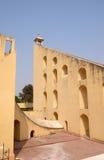 著名观测所Jantar Mantar在斋浦尔 免版税图库摄影